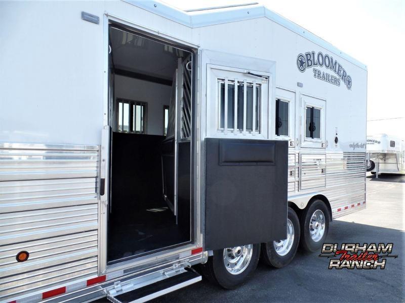 "2020 Bloomer 4H w/ 17'2"" Short Wall & 6' Hyd Slide Horse Trailer"