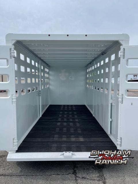 2021 Maxxim Industries 20 FT GN Livestock Trailer