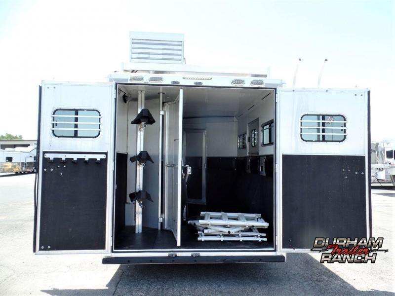 2011 CM Revolution 3H w/ 10' Short Wall Horse Trailer