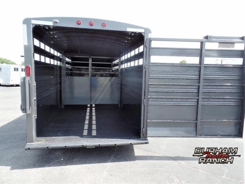 2018 Titan 20' Livestock Trailer