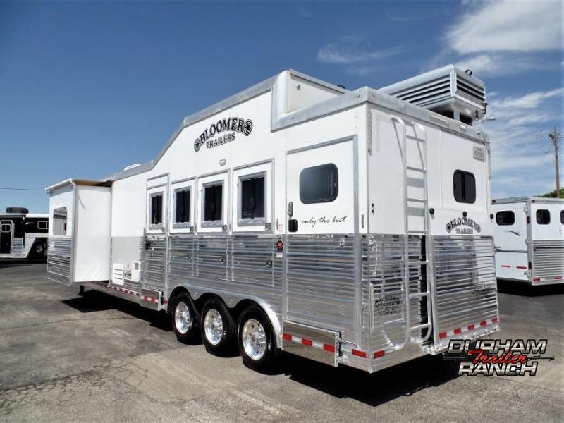"""2018 Bloomer 4H Outlaw Conversion w/ 15'11""""sw LQ and 6' Hyd. Slide Out Horse Trailer"""
