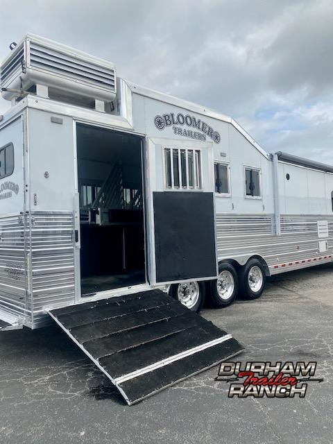 2018 Bloomer 4H Horse Trailer