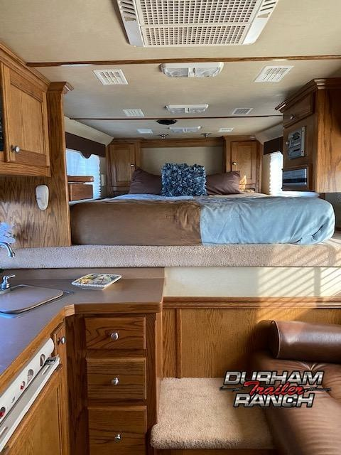 2004 4Star Outlaw Conversion 8 FT LQ