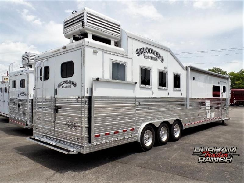 """2018 Bloomer 4 Horse PC Load w/ 16'9"""" SW and 6' Hyd. Slide Out Horse Trailer"""