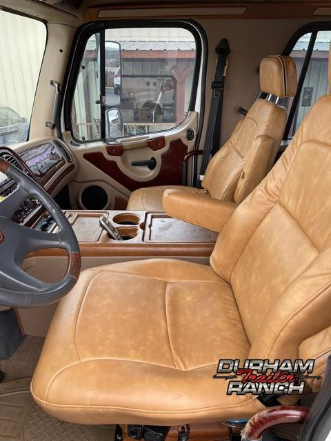 2007 Freightliner MZ 450 HP Mercedes Sport Chassis Truck