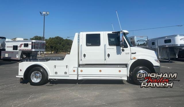 2006 International 4400 DT 570 Western Hauler Truck