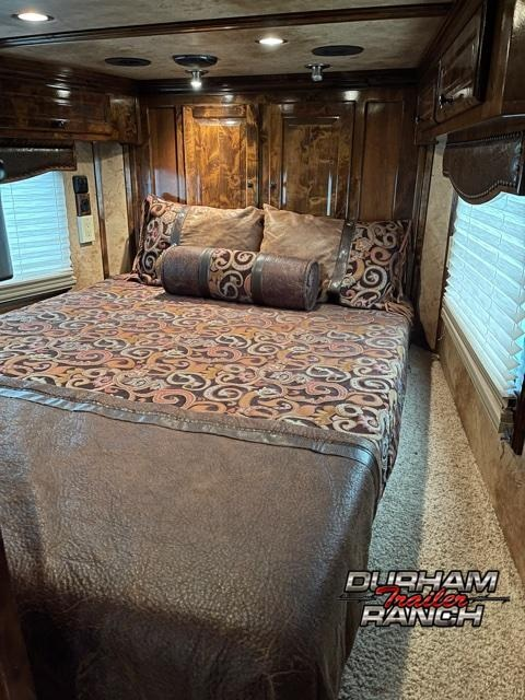 2014 Bloomer 5H w/ 19.5FT Outlaw Conversion LQ Horse Trailer