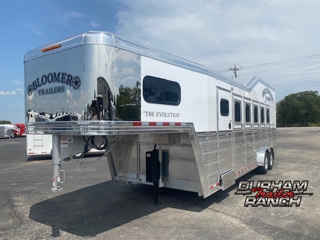 2020 Bloomer 5H Gooseneck Horse Trailer