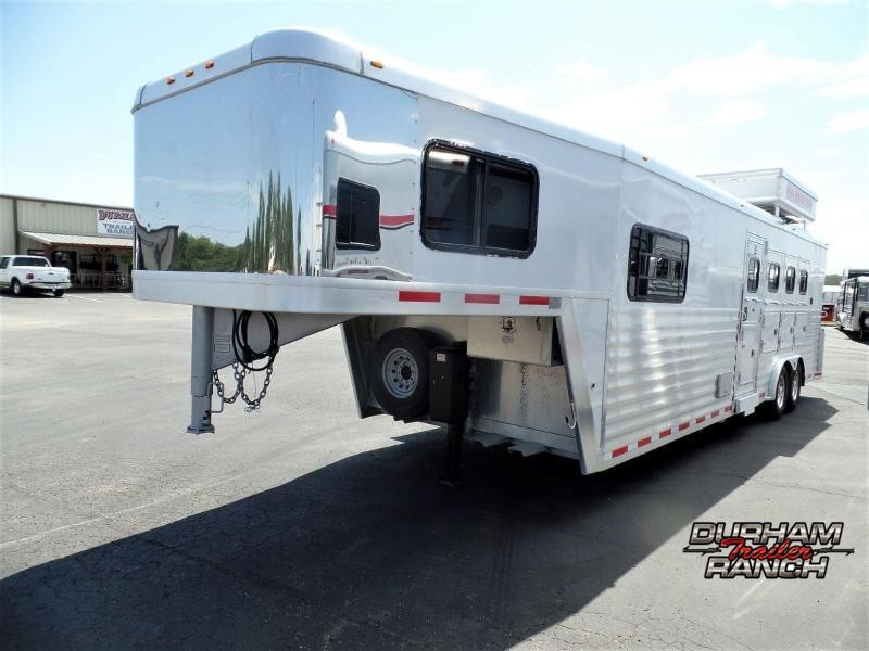 2005 Bloomer 4H w/ 11' Short Wall LQ Horse Trailer