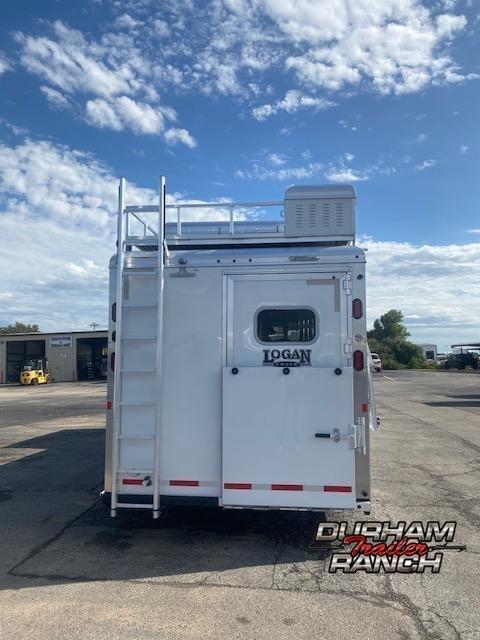 2019 Logan Coach 3H Horse Trailer