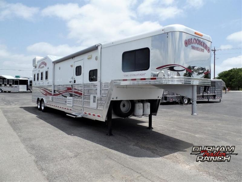"2011 Bloomer 4H w/ 14'6"" SW and 10' Hyd Slide Horse Trailer"