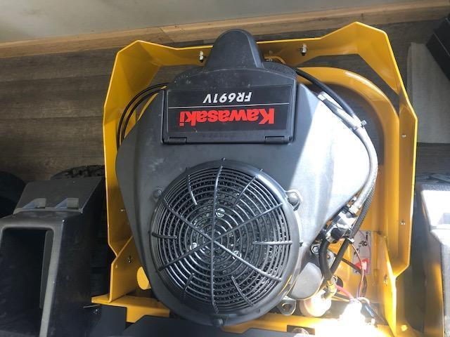 "2021 Hustler Raptor SDX 54"" Lawn Equipment"
