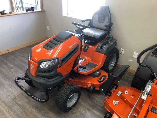 2020 Husqvarna TS 348D Lawn Mower