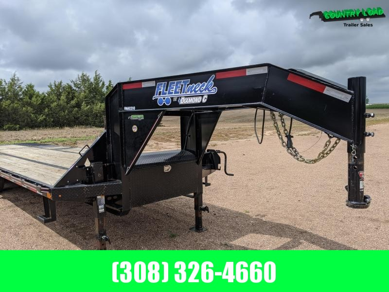 2017 Diamond C Trailers FMAX210 32 Hydraulic Dove Flatbed Trailer