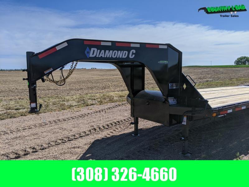 Diamond C FMAX212 35' HDT