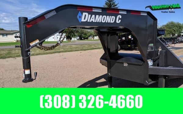 Diamond C FMAX210 32' Hydrualic Dovetail