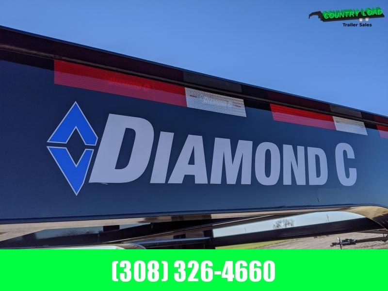 2021 Diamond C FMAX207 30'x102