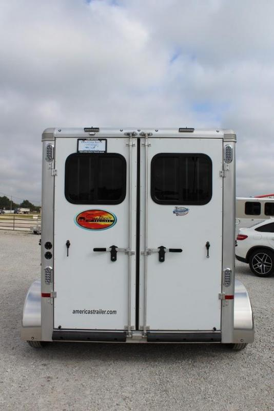 2021 Sundowner Trailers Super Sport Horse Trailer