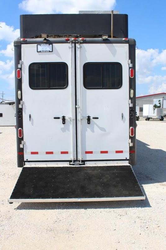 2007 Sundowner 4  horse with 19' Living Quarter with Slide Out
