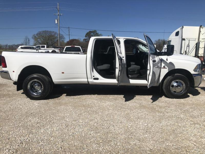 2018 Dodge 3500 Dually Truck