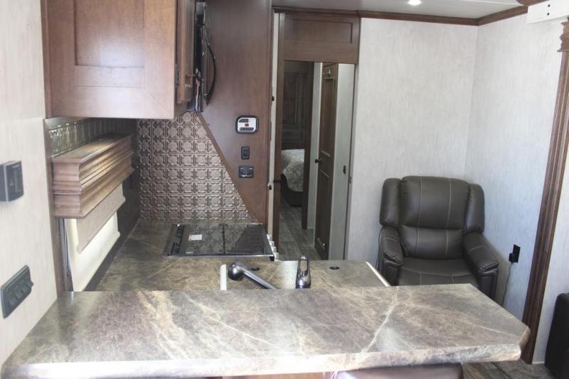 2021 Sundowner Trailers Cargo34GN Fifth Wheel Campers RV