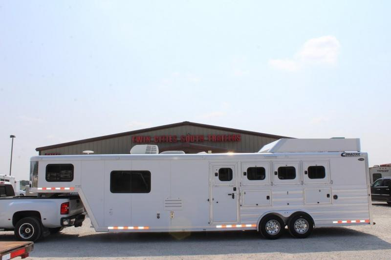 2013 Cimarron Trailers Norstar Horse Trailer