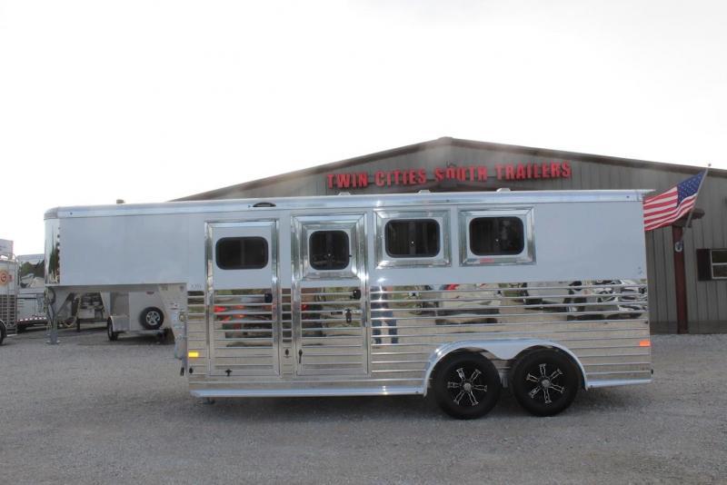 2022 Sundowner Trailers Rancher Sport Horse Trailer