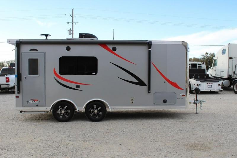 2021 Sundowner Trailers TB2286TH Toy Hauler RV