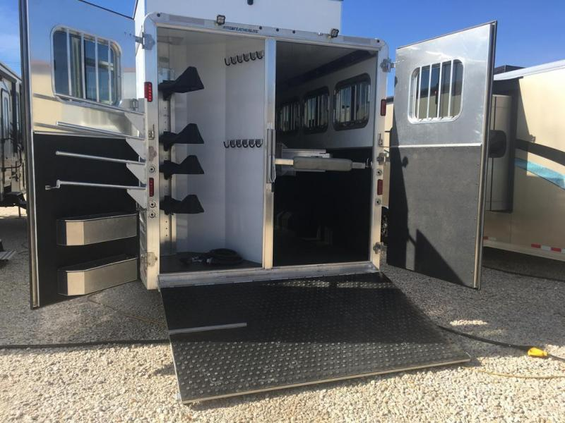 "2021 Featherlite 4 horse with 18'7"" LQ with Slide Out"