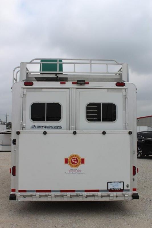 "2012 Elite 4 horse with 8'5"" Living Quarter"