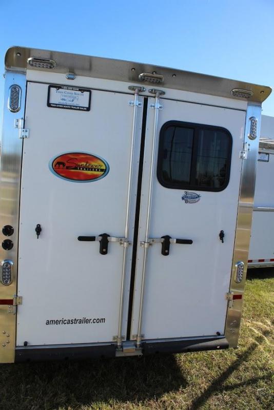 2021 Sundowner 4 horse slant gooseneck
