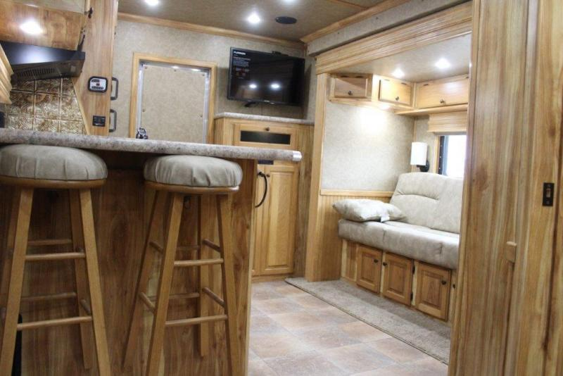 2020 Sundowner 36' Floor ToyHauler w/16' LQ with SlideOut