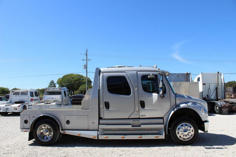 2008 Freightliner M2-106 Truck