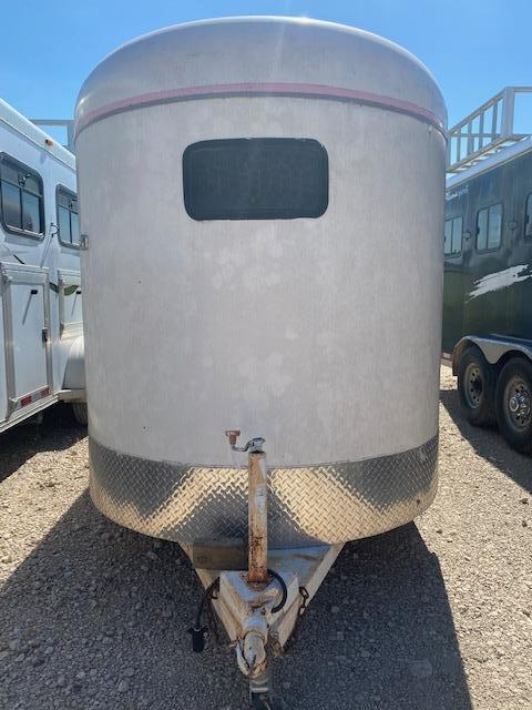 2002 Calico Trailers dressing room Horse Trailer
