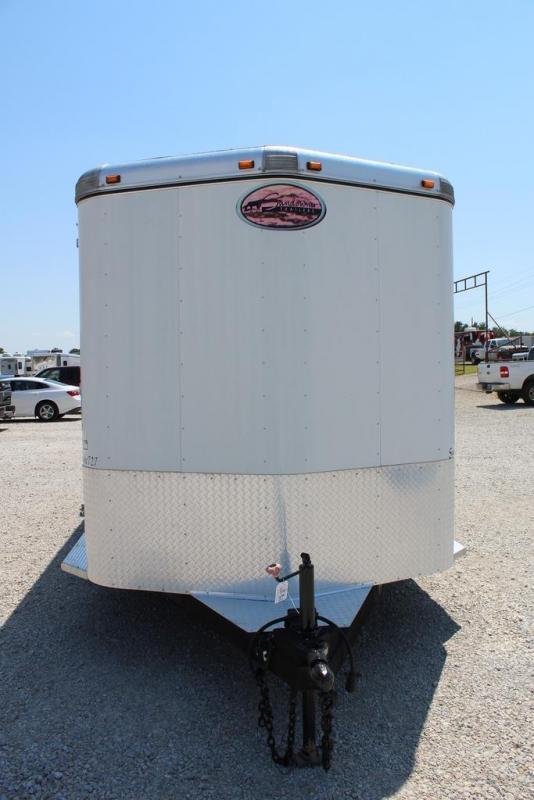 2007 Sundowner 3 horse slant bumper pull