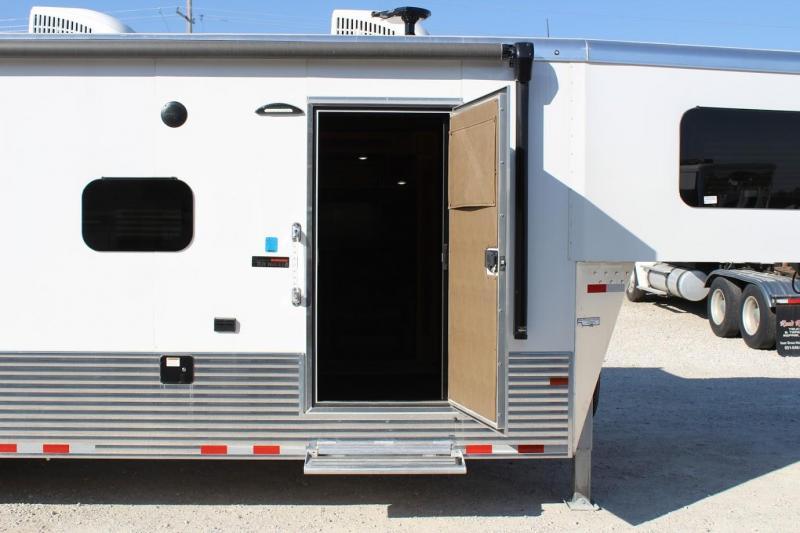 2021 Sundowner Trailers B2586 Slide Out/ Garage Toy Hauler RV