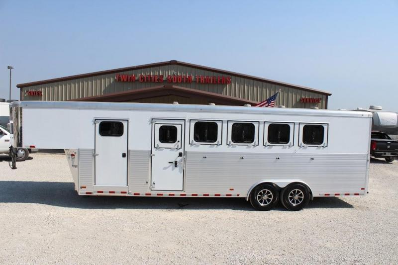 2018 Sundowner Trailers RancherSport Horse Trailer