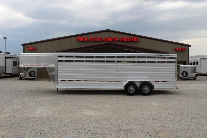 2021 Featherlite 24' Livestock Trailer
