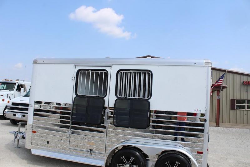 2021 Sundowner 2 horse slant bumper pull