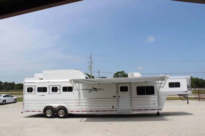 2017 Platinum Coach Living Quarter Horse Trailer