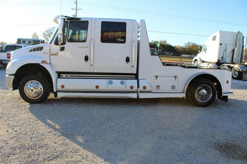2008 International 4400 Truck