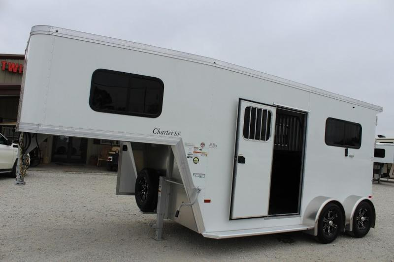 2021 Sundowner Trailers Charter Horse Trailer