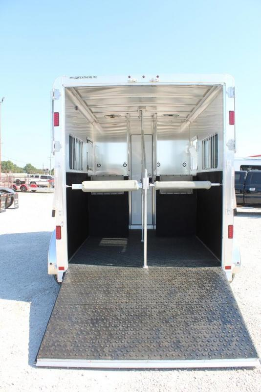 2021 Featherlite 2 horse straight load bumper pull