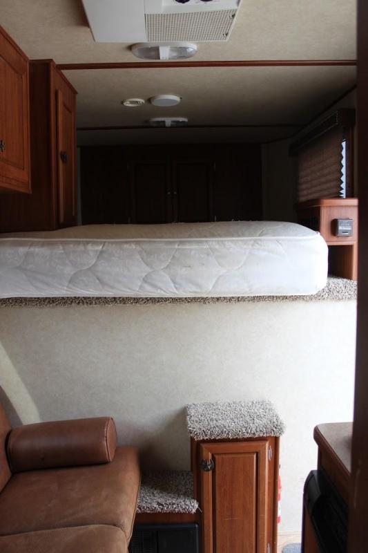 2012 Sundowner Trailers Horizon Horse Trailer