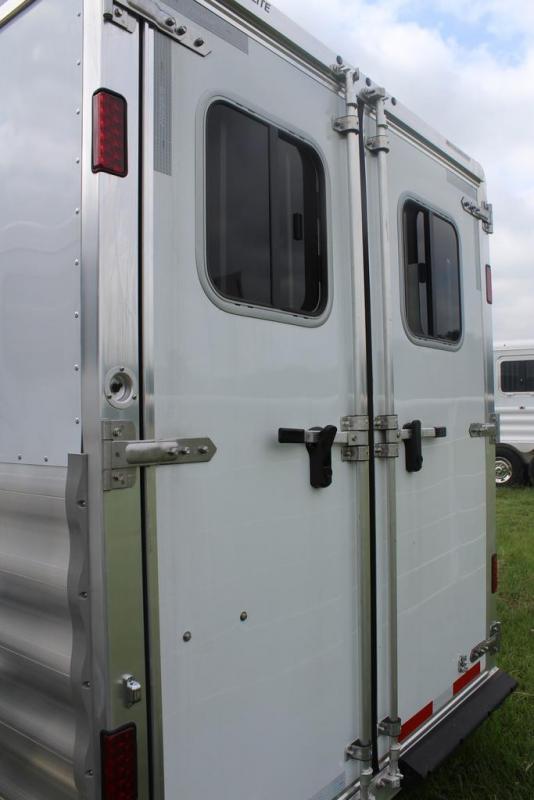 2020 Featherlite 3 horse slant bumper pull