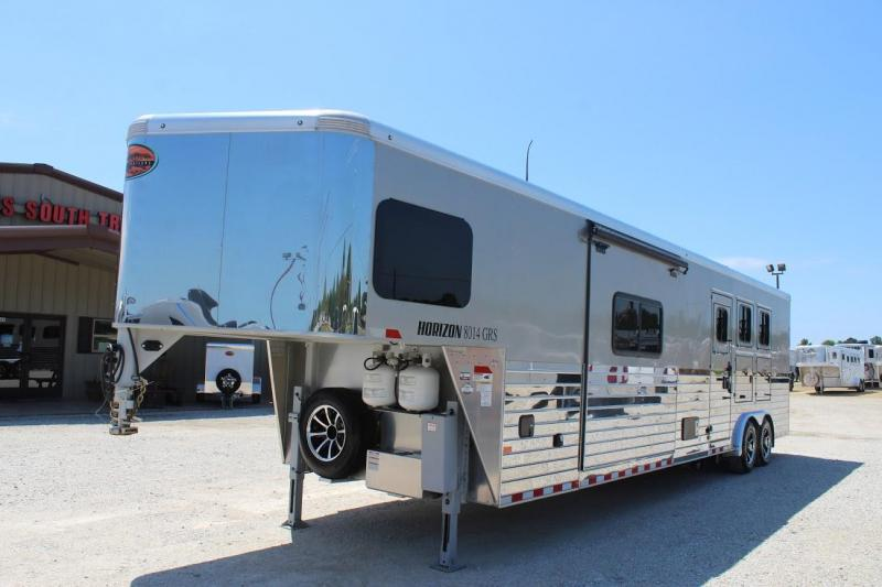 2018 Sundowner 3 horse with 14' LQ with Slide Out