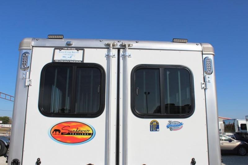 2021 Sundowner 3 horse slant bumper pull