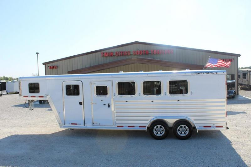 2021 Featherlite 7541 Horse Trailer