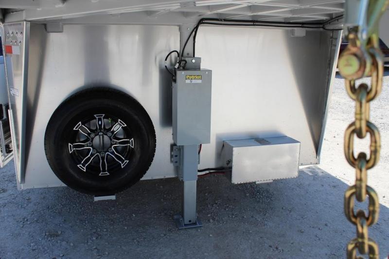 2021 Sundowner Car Hauler