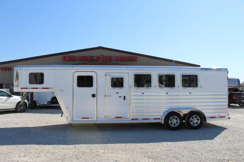 2021 Featherlite 7541 Horse Trailer